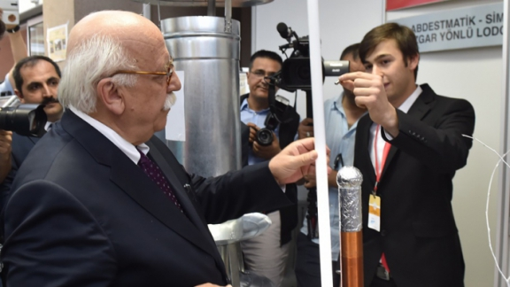 Minister Avcı tours Vocational and Technical Schools Fair